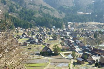 หมู่บ้านชิคาราวา (Shirakawa-go)