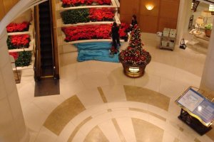 Hotel Nikko Tokyo employees decorating for Christmas.