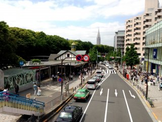 5. Looking back to Harajuku Stn from the pedestrian overpass where you can see towers in the distance
