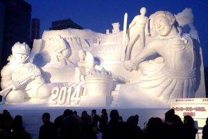 หิมะแกะสลักต้อนรับนักท่องเที่ยวสู่เทศกาลหิมะซัปโปโร