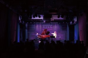 This club hosts performances of a variety of genres. Check the performance schedule on the website
